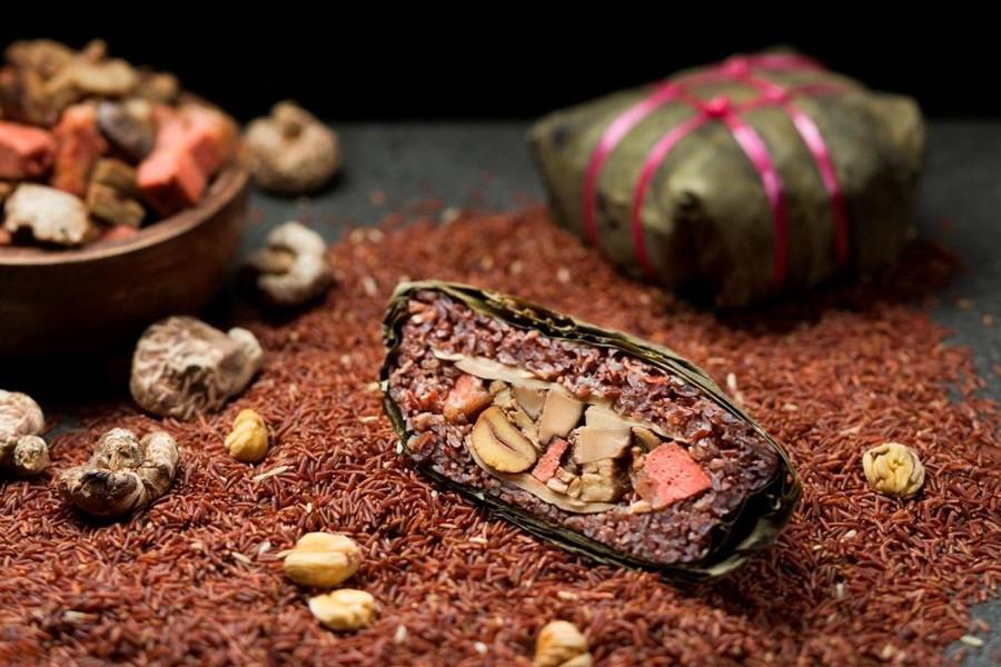 szechuan-court-fairmont-hotel-organic-brown-rice-vegetarian-dumpling