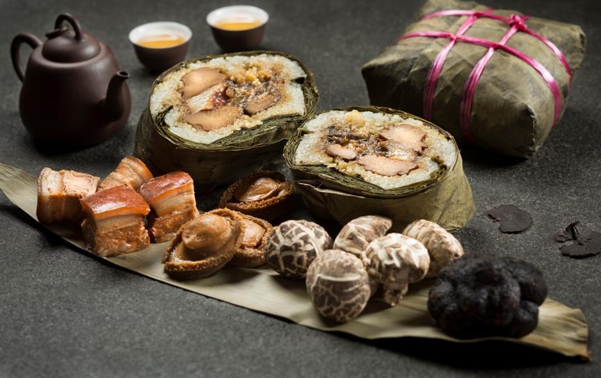 szechuan-court-fairmont-hotel-truffle-abalone-dumpling