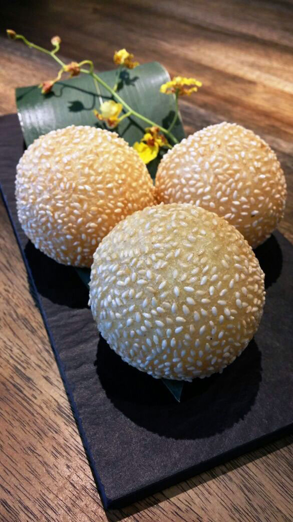 Crispy Sesame Sticky Rice Flour Ball